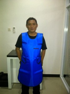Jual Baju Apron X Ray Tanpa Lengan single 0,35 (depan)