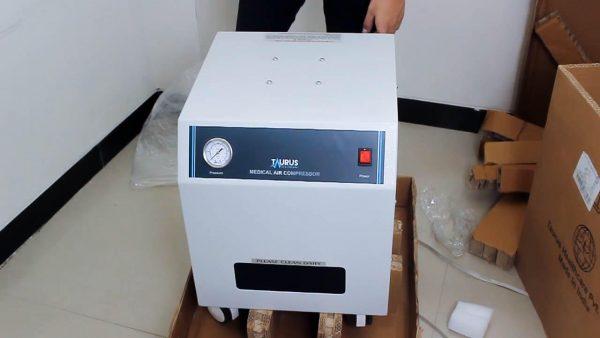 Kompresor Ventilator VA 11 merupakan sumber udara yang sudah dikompres bersih dan kering yang bebas dari semua bekas ventilator.
